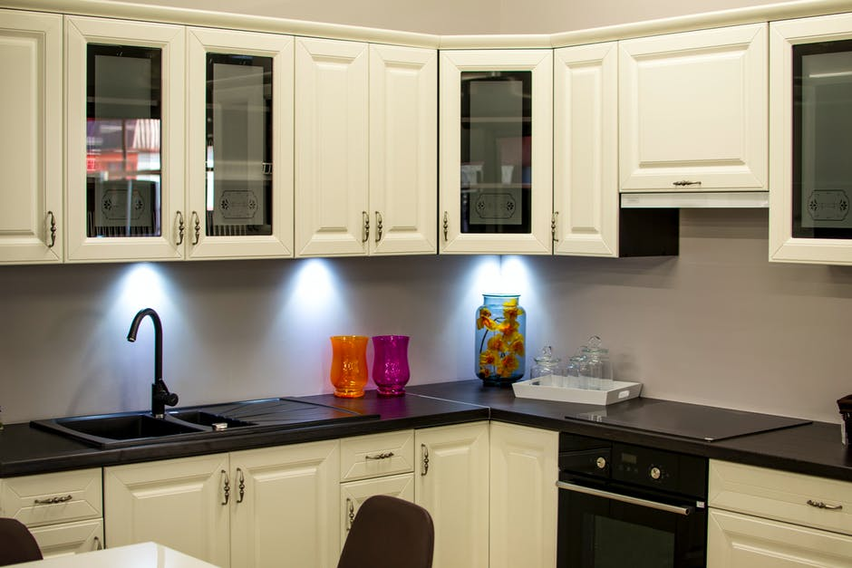Factors to Consider When Choosing Kitchen Cabinets